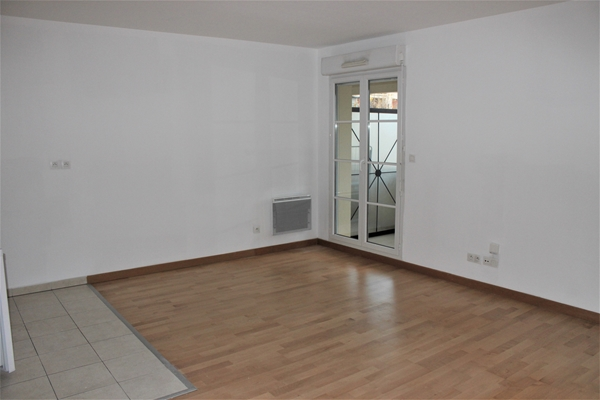 Appartement appartement à louer Reims, 33.17m²