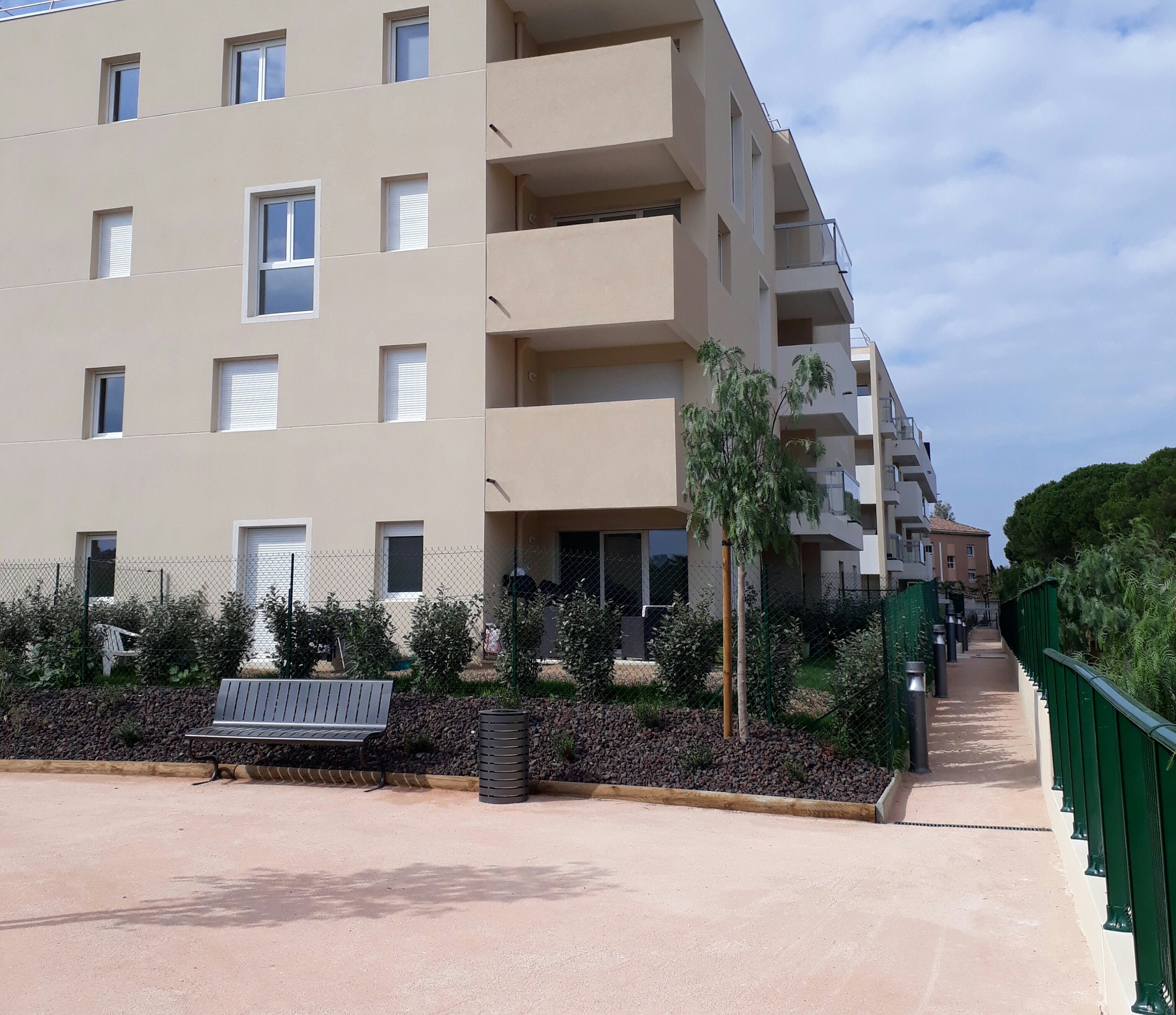 Location appartement à Seyne-sur-Mer, type appartement, 40.43m²